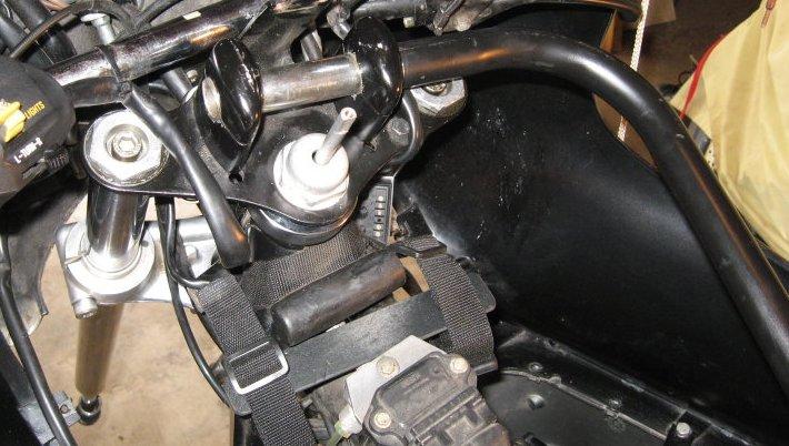 BMW motorcycle front forks, alignment, steering head bearings